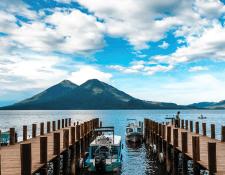 Panajachel y municipios de la cuenca del Lago de Atitlán siguen siendo uno de los destinos favoritos para visitar el fin de año. (Foto, Prensa Libre: Hemeroteca PL).