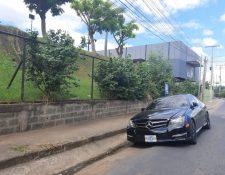 Según el diario La Prensa de Nicaragua, las personas que resultaron heridas en la balacera llegaron en este vehículo a la Plaza. (Foto, Prensa Libre: La Prensa).