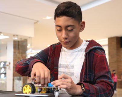"""Niños incursionan en el mundo tecnológico y exhiben creaciones en la Expo """"Soy Inventor"""""""