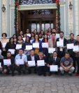 Los 46 personas que finalizaron la primera etapa para crear su empresa seguirán en enero la capacitación para legalizar sus empresas. (Foto Prensa Libre: Raúl Juárez)
