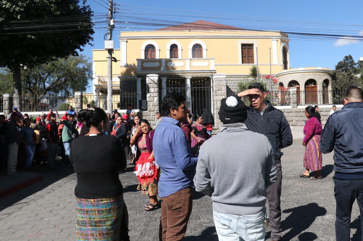Vendedores de pirotecnia se niegan a instalarse en el espacio determinado por la municipalidad