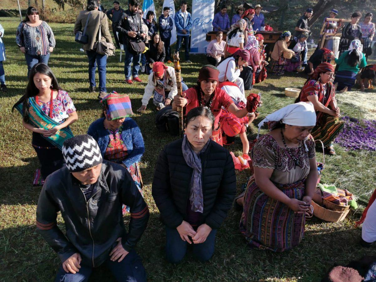 Aniversario de la firma de la paz: Indígenas guatemaltecos denuncian abandono, Gobierno reconoce brechas