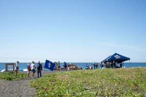 Limpieza de playa El Pumpo por voluntarios de Corona y Parley