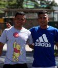 Los hermanos Carlos y Óscar Mejía viven un buen momento en Comunicaciones. (Foto Prensa Libre: Carlos Vicente)