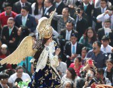 Inicia la época de rezados en Guatemala.