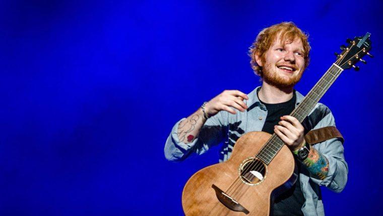 El cantante y compositor británico Ed Sheeran durante una de sus presentaciones. (Foto Prensa Libre: EFE).