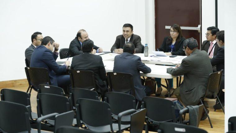 El Consejo de la Carrera Judicial realiza entrevistas a jueces y magistrados que se postulan a una magistratura. (Foto Prensa Libre: Hemeroteca PL)