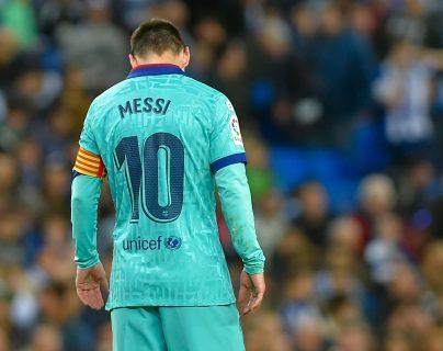 El delantero argentino de Barcelona, Lionel Messi, durante el partido entre la Real Sociedad y el FC Barcelona. (Foto Prensa Libre: AFP)