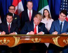 El acuerdo comercio T-MEC que sustituye al TLC norteamericano fue firmado en noviembre del 2018 por las autoridades de los tres países. (Foto, Prensa Libre: Hemeroteca PL). Firma de nuevo TLC México Canadá Estados Unidos
