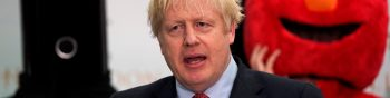 London (United Kingdom), 13/12/2019.- British Prime Minister Boris Johnson arrives at the count result for Uxbridge and South Ruislip constituency at Brunel University during the general elections in London, Britain, 13 December 2019. Britons went to the polls on 12 December 2019 in a general election to vote for a new parliament. According to exit polls, the Conservative party won the elections with 368 seats ahead of Labour party with 191 seats in the House of Commons. The result gives the Conservative party an 86 seat majority. (Elecciones, Reino Unido, Londres) EFE/EPA/WILL OLIVER