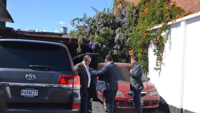 El presidente electo, Alejandro Giammattei, asistió a una reunión con diputados electos y reelectos. (Foto Prensa Libre: Cortesía)