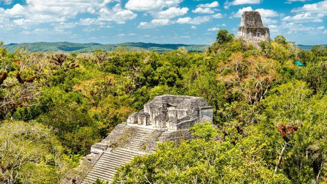 ruinas arqueologicas en guatemala