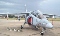 El avión IA-63 Pampa III es el modelo que el Ministerio de la Defensa Nacional intenta comprar a la industria militar de Argentina. (Foto Prensa Libre: Zona Militar).