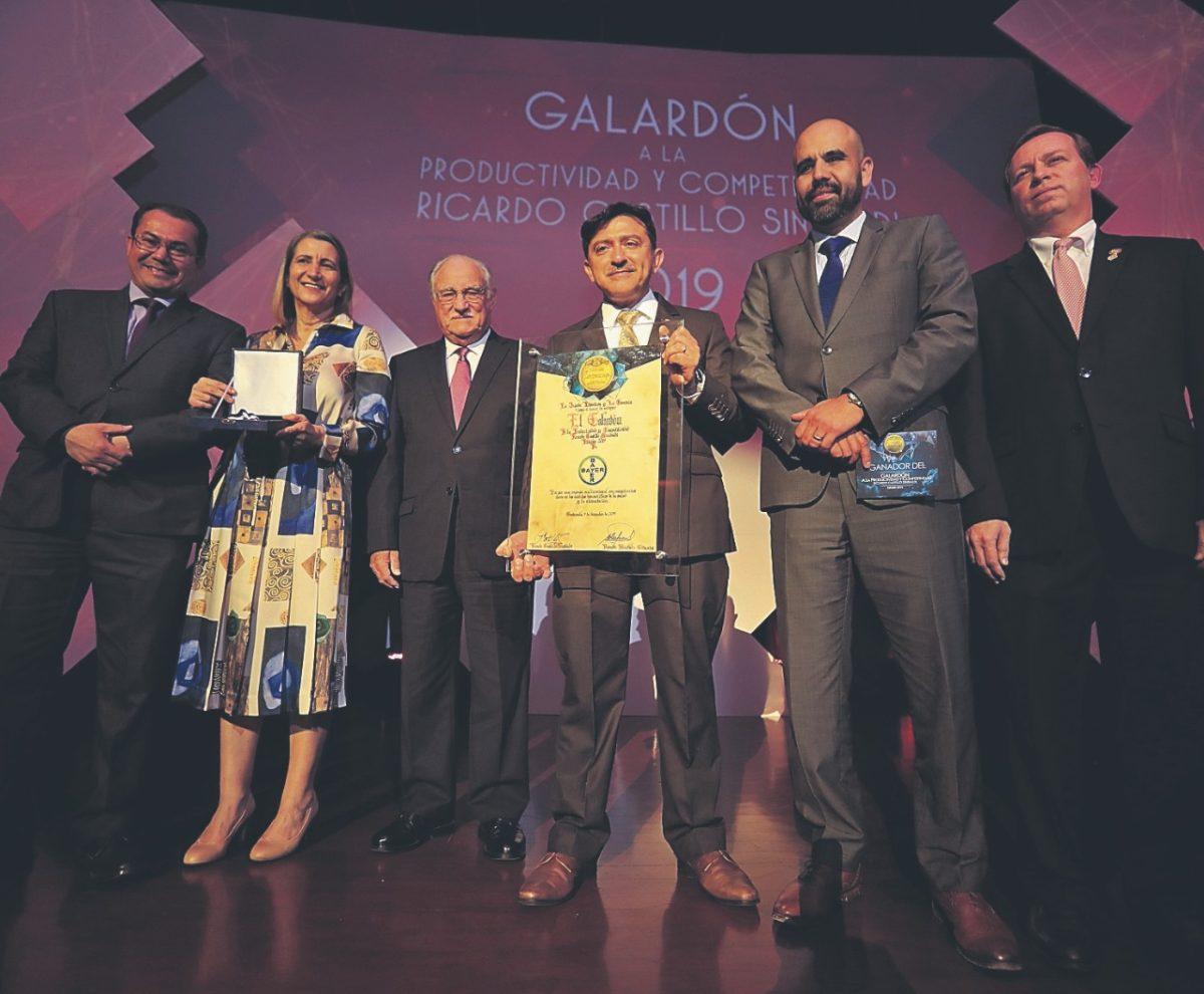 Empresa Bayer recibe Galardón a la Productividad y Competitividad Ricardo Castillo Sinibaldi 2019