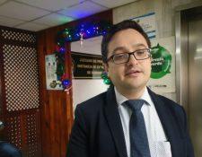 Juan Francisco Sandoval, titular de la Feci, informa sobre la petición que hizo a la fiscal Consuelo Porras. (Foto Prensa Libre: Edwin Pitán).
