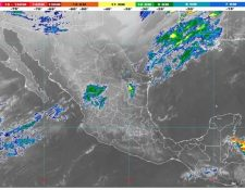 La imagen del satélite indica el acercamiento del frente frío que ingresa al Golfo de México. (Foto Prensa Libre: Imagen compartida por Conred).