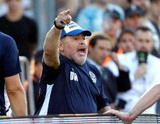 Maradona habló sobre lo que piensa del astro del futbol Lionel Messi. (Foto Prensa Libre: EFE)