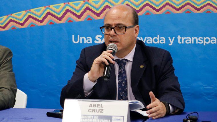 El jefe de la SAT, Abel Cruz Calderón, fue evaluado por el Directorio, luego del desempeño de su gestión. (Foto Prensa Libre: Hemeroteca)