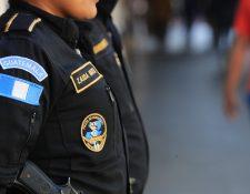 Agentes de la PNC bloquearán la carretera CA-9 como medida de protesta para exigir mejoras en la institución. (Foto Prensa Libre: Hemeroteca)