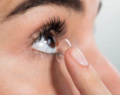 Tome en cuenta estos consejos para comprar los lentes de contacto adecuados según sus problemas de la vista. (Prensa Libre: Servicios).