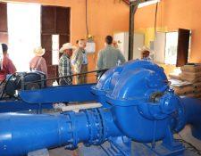 La oenegé Ingenieros sin Fronteras invirtieron Q500 mil para reparar la turbina de la hidroeléctrica El Salitre en Joyabaj, Quiché. (Foto Prensa Libre: Héctor Cordero) r Cordero)