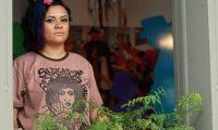 Rebeca Eunice Vargas Tamayac conocida como Rebeca Lane es una cantante guatemalteca del genero Rap y ha producido los discos Alma Mestiza, Poesía Venenosa, Canto, Dulce Muerte; la cantante también escribe poesía y es activista feminista, socióloga y actualmente trabaja para promover su trabajo artístico.  FOTO: Álvaro Interiano.    03/07/2017