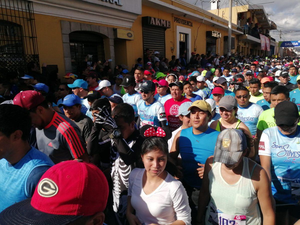 Pasión, tradición, alegría y amor en la 57 edición de la carrera San Silvestre
