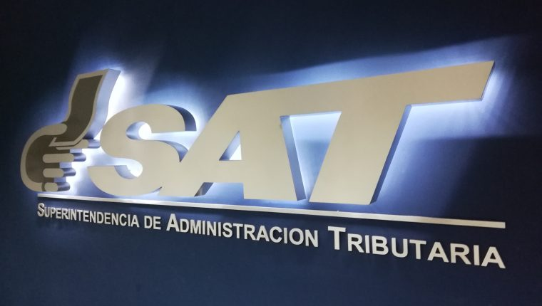 El monto de devolución de crédito fiscal por la SAT es conservador, según el analista fiscal Juan Carlos Paredes. (Foto Prensa Libre: Hemeroteca)