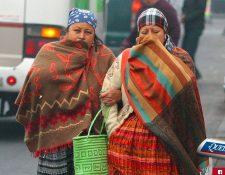 Las autoridades informaron que los siguientes meses las enfermedades respiratorias aumentan. (Foto Prensa Libre: Archivo)