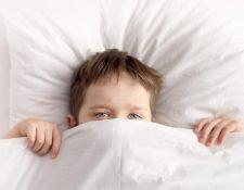 Los problemas para dormir son comunes en los niños. Algunas veces están relacionados al cambio de hábitos. (Foto Prensa Libre: Servicios).