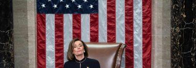 Nanci Pelosi amenaza con retrasar el juicio político, lo que afectaría los planes políticos de Trump. (Foto Prensa Libre: AFP)