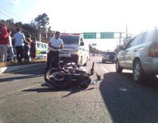 Accidente de tránsito en kilómetro 42 entrada a Sumpango, dos hombres mueren en el lugar. (Foto Prensa Libre: cortesía)