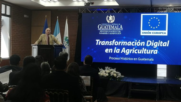 La Unión Europea apoya el uso de la tecnología para la agricultura, en especial para la agricultura familiar. (Foto, Prensa Libre: Hemeroteca PL).