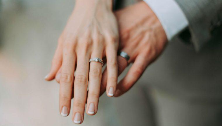 Parejas guatemaltecas podrán casarse hasta que ambos tengan 18 años de edad como mínimo. (Foto Prensa Libre: EFE). (Foto Prensa Libre: Unsplash)