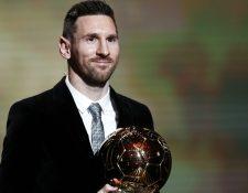 Lionel Messi gana su sexto Balón de Oro. (Foto Prensa Libre: EFE)