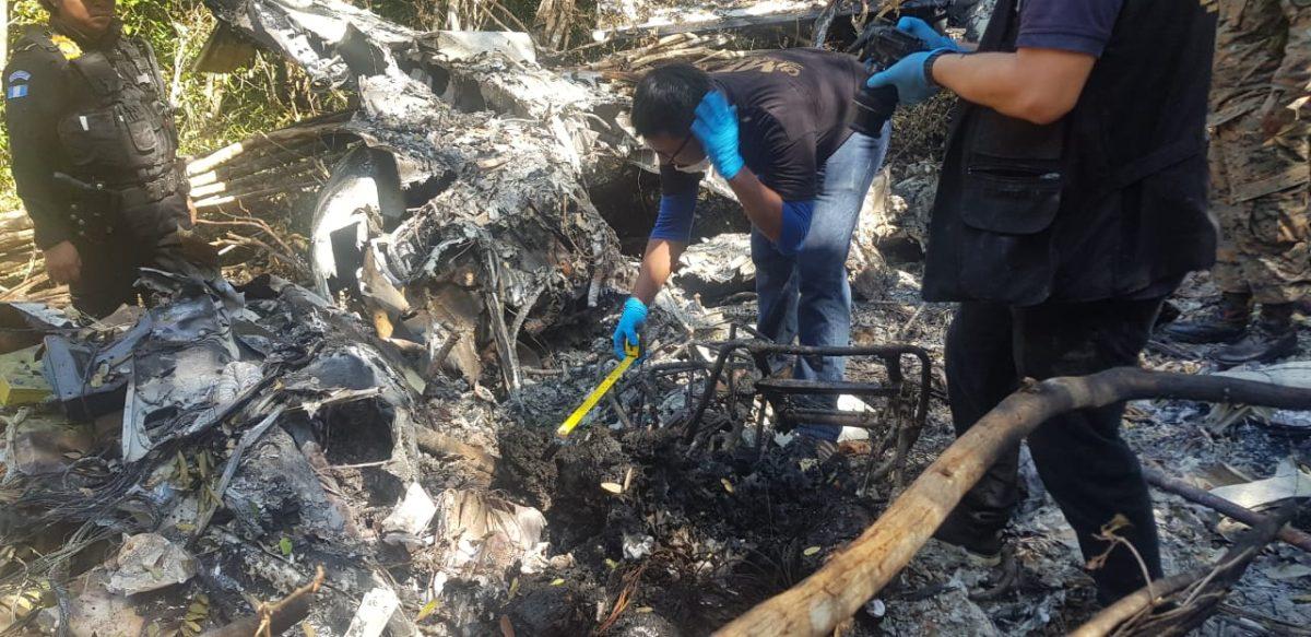 Fotos: Así quedó la narcoavioneta encontrada en Sayaxché, Petén