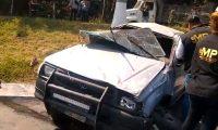 El choque se registró en el kilómetro 52.5 de la autopista a Palín, Escuintla. (Foto Prensa Libe: captura de pantalla)