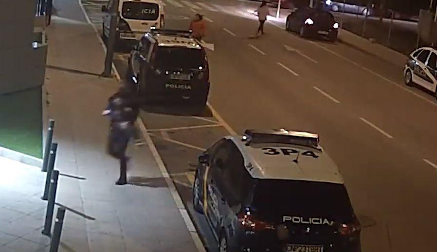 Video: Un policía fue el héroe de un niño de 4 años que estuvo a punto de morir