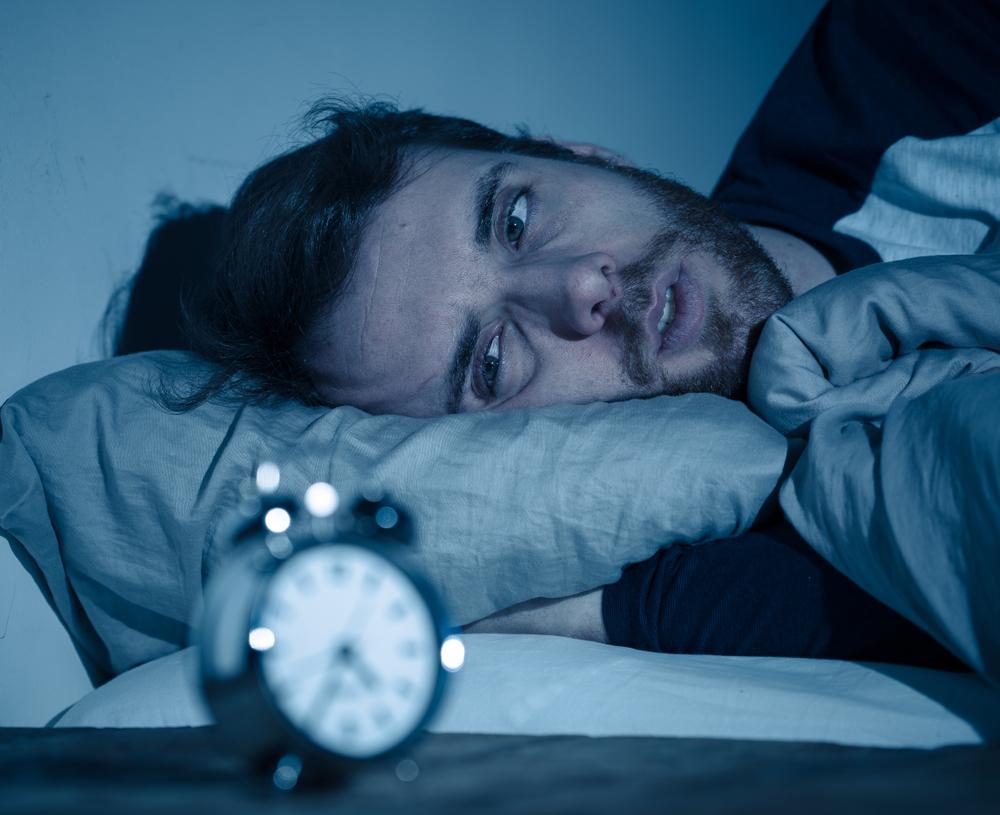 Resultado de imagen para Personas que duermen menos de 6 horas