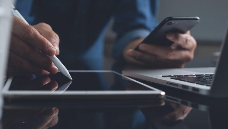 Administre su tiempo a partir de aplicaciones que facilitan esta tarea. (Foto Prensa Libre: Servicios).