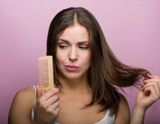 El cabello graso representa un problema para hombres y mujeres.  Es importante encontrar qué lo causa.  (Foto Prensa Libre: Servicios).