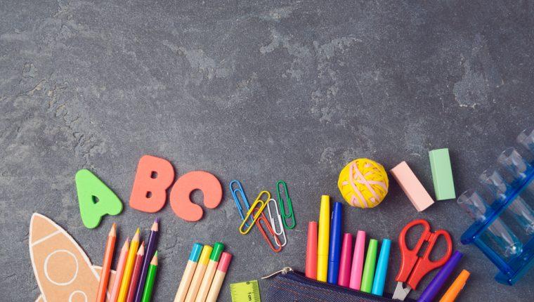 Prepare a sus hijos para el regreso a clases. Que la comunicación sea efectiva. (Foto Prensa Libre: Servicios).