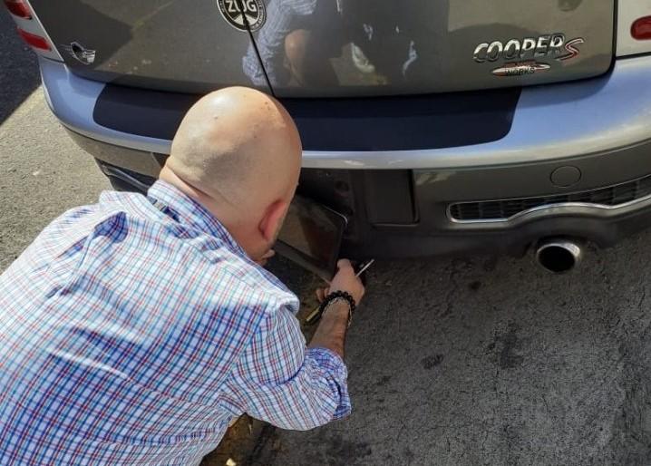 ¿Oculta las placas de su vehículo? Esta es la multa que impone el Reglamento de Tránsito