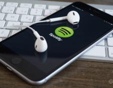 Spotify se une a las medidas ya tomadas por Twitter y Google. (Foto Prensa Libre: Hemeroteca PL).