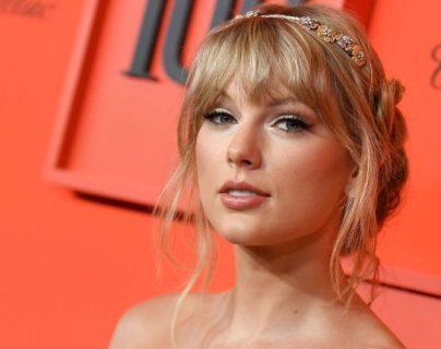 Taylor Swift  protagonizó una de las peleas más intensas por los derechos de sus canciones(  Foto Prensa Libre: ANGELA  WEISS / AFP).