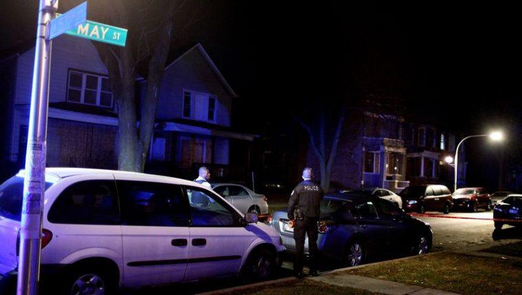 El tiroteo se registró dentro de una vivienda particular mientras se realizaba una reunión  privada. (Foto Prensa Libre: Chicago Tribune)