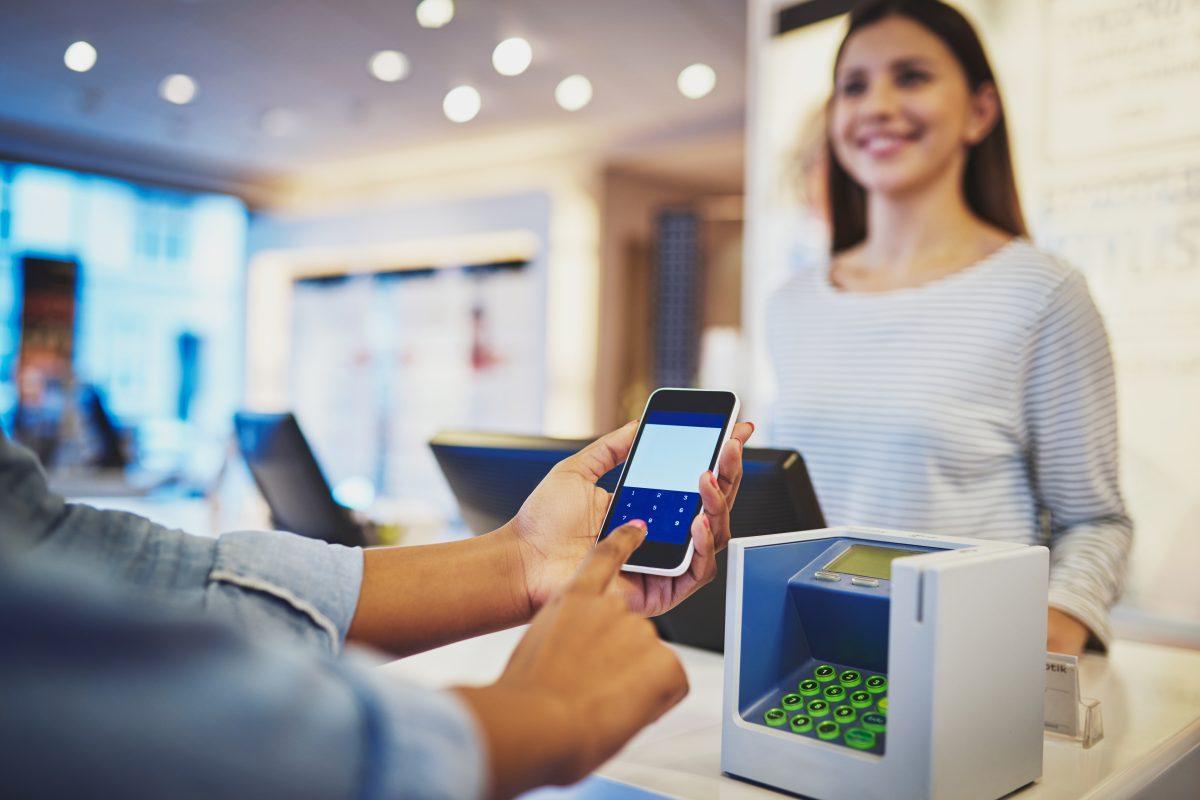 SIT sancionará hasta con Q200 mil por no contar con registro de comercializadores de equipos terminales móviles