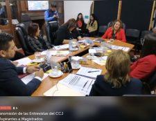 La magistrada de la CSJ Vitalina Orellana responde a las preguntas de los integrantes del Consejo de la Carrera Judicial, el 13 de diciembre de 2019. (Foto Prensa Libre: Captura de pantalla)