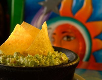 El guacamole es una receta de origen azteca que ahora es uno de los platos más populares en los restaurantes mexicanos en EE. UU. GETTY IMAGES