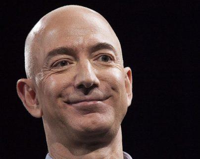 Jeff Bezos ganó en una década US$102.100 millones.